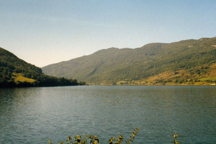 Am Lac de Vouglans (Ain) September 1978