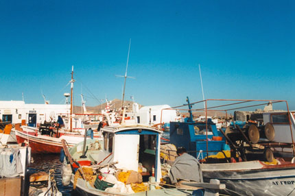 der Hafen in Naoussa September 1997