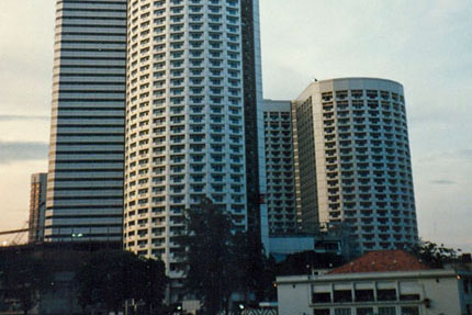 Swissotel The Stamford 1985