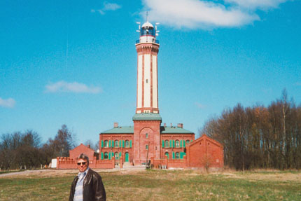 Leuchtturm bei Niechorze April 2001